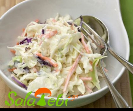 Creamy-Coleslaw-Recipe